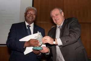 Excelentísimo  Dr. Paulino Domingos Baptista.  Secretario de Estado del Ministerio de Hotelería y Turismo de Angola.