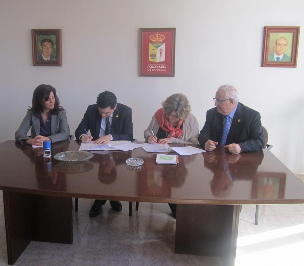 Firma Acuerdo de Colaboración entre el Ayuntamiento de Pozorrubio  de Santiago e ISTur