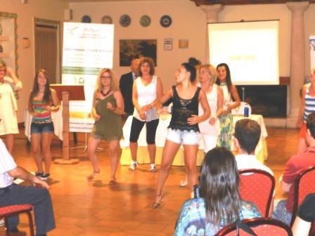 flashmob de baile, dirigido por la instructora de zumba fitness, Soraya Alcázar