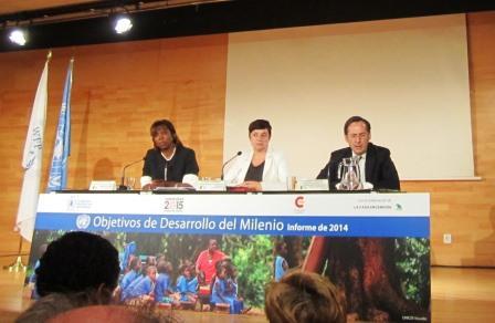 Ertharin Cousin, Directora Ejecutiva del Programa Mundial de Alimentos de Naciones Unidas, Amalia Navarro, Coordinadora de las Campaña del Milenio de las Naciones Unidas en España y Gonzalo Robles, Secretario General de Cooperación Internacional para el Desarrollo del MAEC